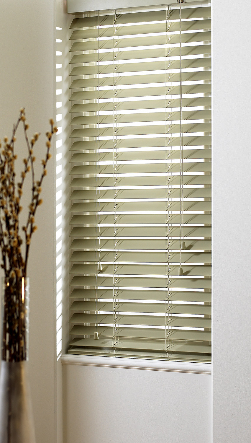SLX Wood Blinds 50mm Apple Blind with Strings