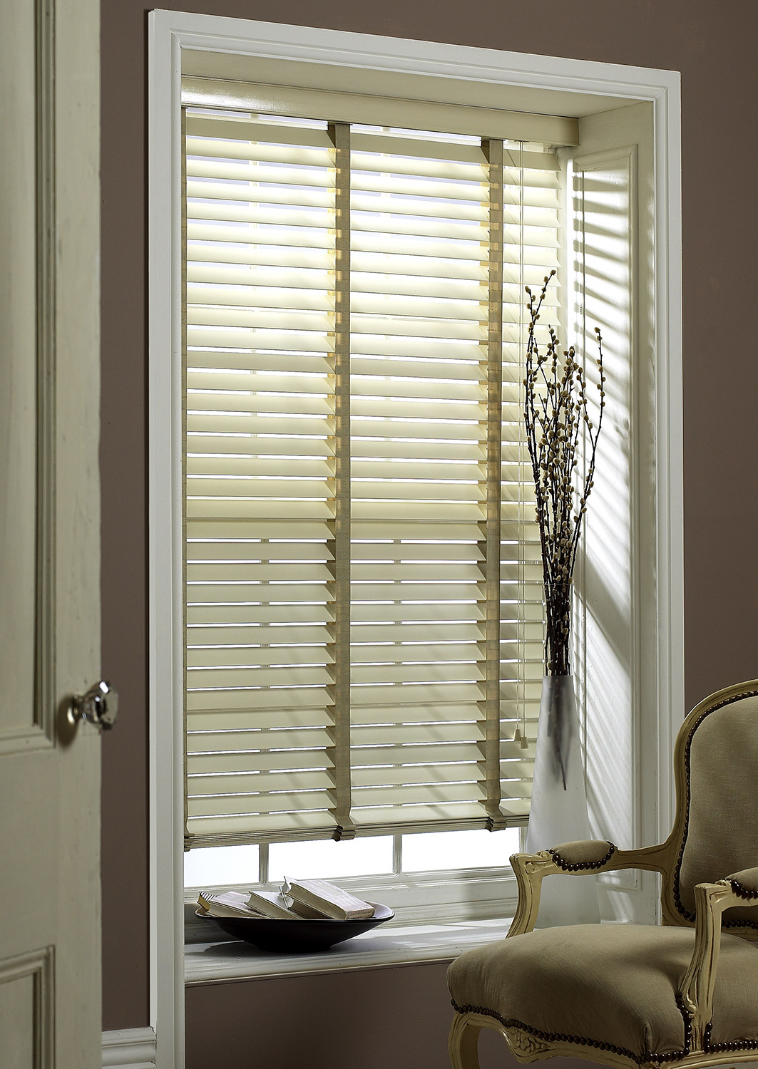 SLX-Wood-Blinds—63mm-Oyster-Blind-with-38mm-Oyster-Tape