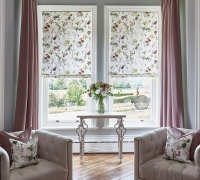 Tuileries-Rose-Quartz-Roman-Blinds_Oslo-Thistle-Curtains