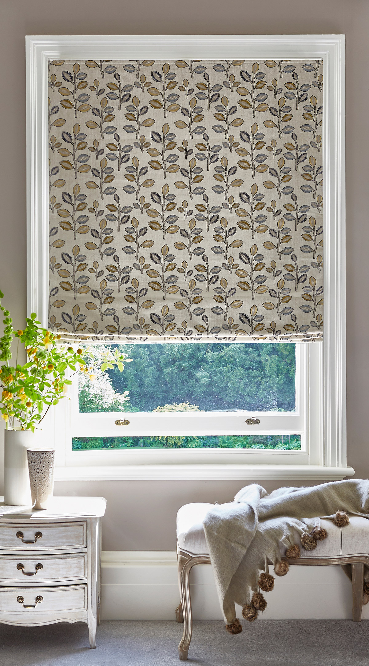 Bourton Breeze Roman Blind from SLX