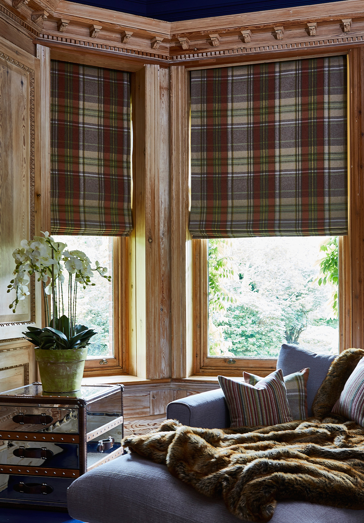 Strathmore Auburn Roman Blinds from SLX